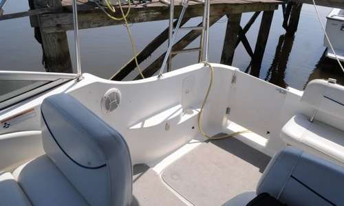 Image of Bayliner 275 Cruiser for sale in United States of America for $27,900 (£20,004) Hopewell, Virginia, United States of America