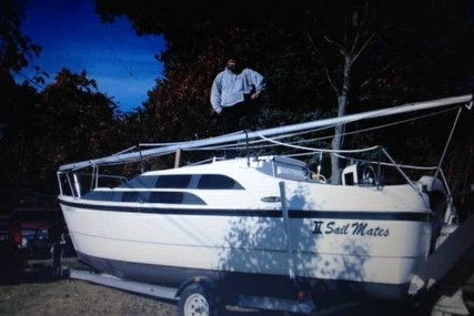 Macgregor 26 M for sale in United States of America for $22,500 (£16,982)