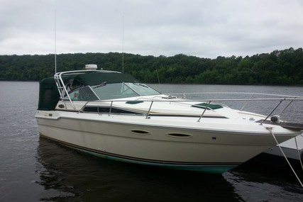 Sea Ray 300 Sundancer for sale in United States of America for $13,000 (£9,650)