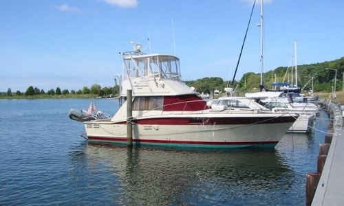 Image of Trojan 36 Flybridge Convertible for sale in United States of America for $51,850 (£38,916) East Hampton, New York, United States of America