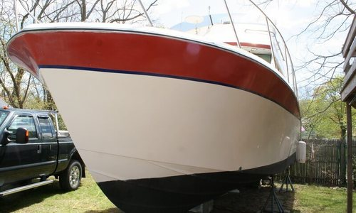 Image of Bayliner 33 Uniflight for sale in United States of America for $25,000 (£19,125) Warwick, Rhode Island, United States of America