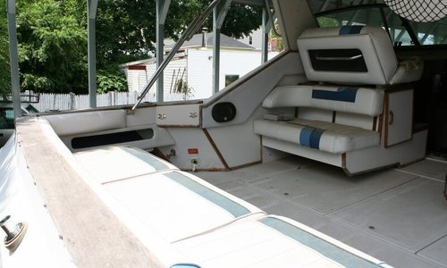 Image of Sea Ray 390 for sale in United States of America for $30,000 (£21,510) Woonsocket, Rhode Island, United States of America