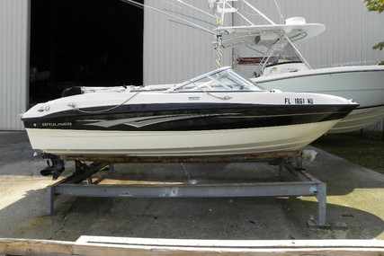 Bayliner 185 Bowrider for sale in United States of America for $14,000 (£10,975)