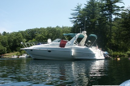 Chris-Craft 33 Crowne for sale in United States of America for $20,000 (£15,798)