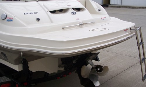 Image of Sea Ray 220 Sundeck for sale in United States of America for $39,000 (£28,140) Portland, Oregon, United States of America