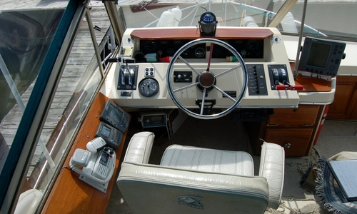 Image of Carver Yachts 33 Mariner for sale in United States of America for $12,000 (£9,290) Bay City, Michigan, United States of America