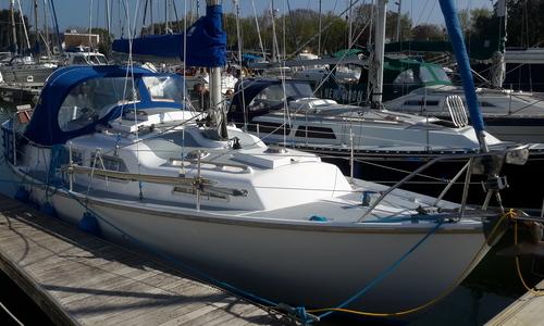 Image of Sabre 27 MkII for sale in United Kingdom for £10,450 Boats.co. HQ, Essex Marina, United Kingdom