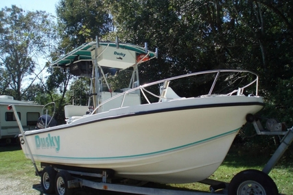 Dusky Marine 227 for sale in United States of America for $15,000 (£11,272)