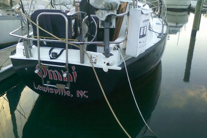 Hunter 27 for sale in United States of America for $8,000 (£5,819)