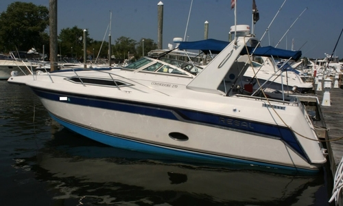 Image of Regal 270 Commodore for sale in United States of America for $12,500 (£9,802) Warwick, Rhode Island, United States of America