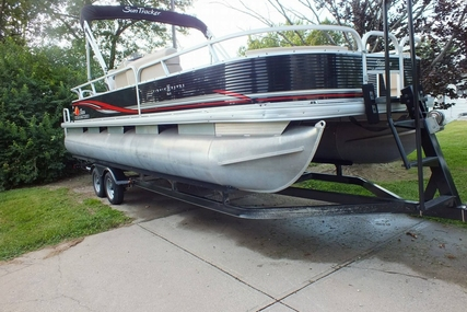 Sun Tracker FISHIN' BARGE 24 DLX for sale in United States of America for $26,000 (£19,596)