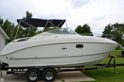 Sea Ray 260 Sundancer for sale in United States of America for $69,000 (£49,187)