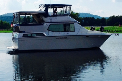 Chris-Craft  372 DC Catalina for sale in United States of America for $49,500 (£35,394)