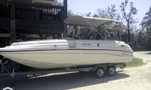 Image of Chaparral 232 Sunesta for sale in United States of America for $18,000 (£13,674) Olive Branch, Mississippi, United States of America