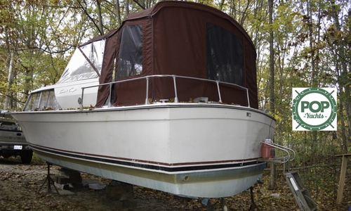 Image of Chris-Craft 270 Commander for sale in United States of America for $8,000 (£6,038) Biddeford, Maine, United States of America