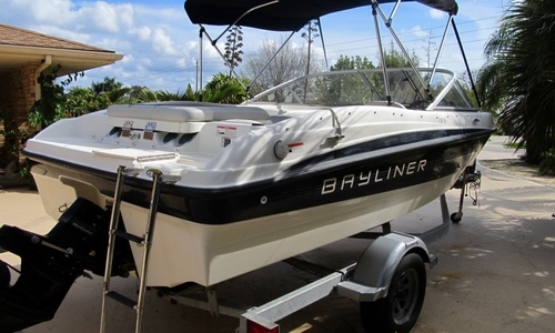 Image of Bayliner 185 Bowrider for sale in United States of America for $12,500 (£9,382) Stuart, Florida, United States of America