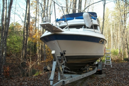 Bayliner 2560 Convertible for sale in United States of America for $16,000 (£12,461)