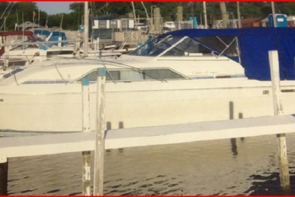 Chris-Craft 294 Catalina for sale in United States of America for $15,000 (£10,612)