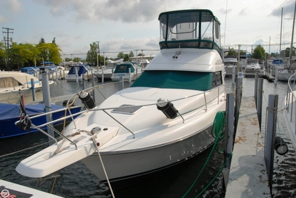 Silverton 31 Convertible for sale in United States of America for $25,000 (£17,825)