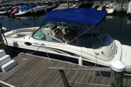 Sea Ray 240 Sundeck for sale in United States of America for $22,500 (£16,088)