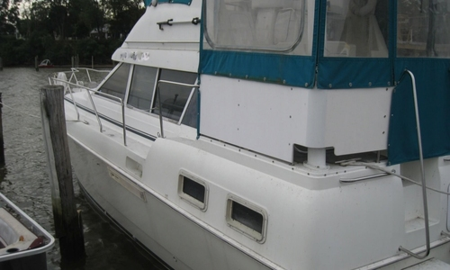 Image of Silverton 34 Aft Cabin Motoryacht for sale in United States of America for $70,000 (£50,777) Earleville, Maryland, United States of America