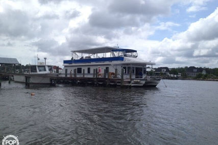 New Orleans 67 Custom Houseboat for sale in United States of America for $100,000 (£78,502)