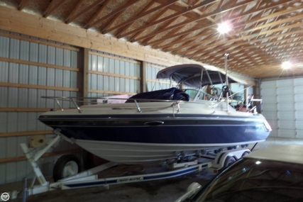 Rinker Festiva Vee 230 for sale in United States of America for $14,500 (£10,897)