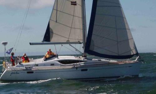 Image of Jeanneau Sun Odyssey 42 DS for sale in Germany for €120,000 (£108,035) Bremerhaven, Germany