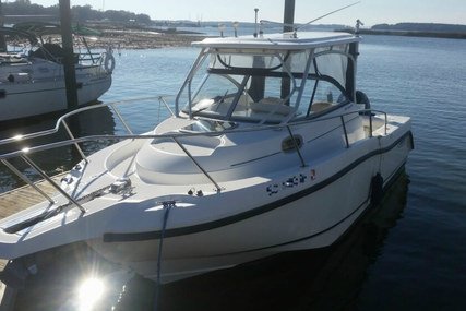 Boston Whaler 255 Conquest for sale in United States of America for $50,000 (£37,739)