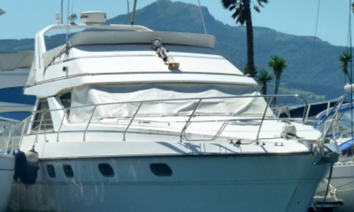 Image of Princess 410 for sale in France for €99,000 (£86,950) HENDAYE, France