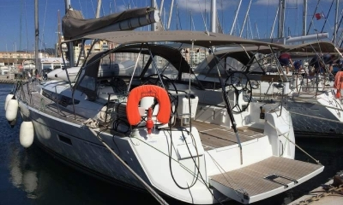 Image of Jeanneau Sun Odyssey 509 for sale in France for €250,000 (£222,402) HYERES, France