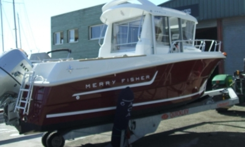 Image of Jeanneau Merry Fisher 6 Marlin for sale in France for €30,000 (£26,382) MORBIHAN, France