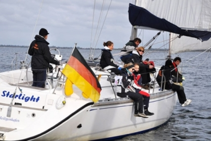 Dufour 43 Classic for sale in Germany for €83,300 (£73,322)