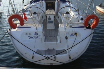 Bavaria 42 Cruiser for sale in Greece for €69,500 (£61,792)