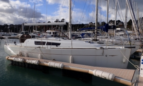 Image of Jeanneau Sun Odyssey 33i for sale in France for €69,000 (£60,468) SAINT CAST LE GUILDO, France