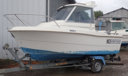 Image of Beneteau Antares 500 Calanque for sale in France for €6,500 (£5,744) MATIGNON, France