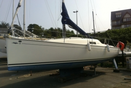 Jeanneau Sun 2500 for sale in France for €24,900 (£22,231)