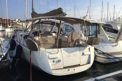 Jeanneau Sun Odyssey 409 for sale in Italy for €145,000 (£129,641)