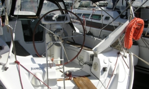 Image of Jeanneau Sun Odyssey 32i for sale in Greece for €68,000 (£60,514) KALAMAKI, Greece