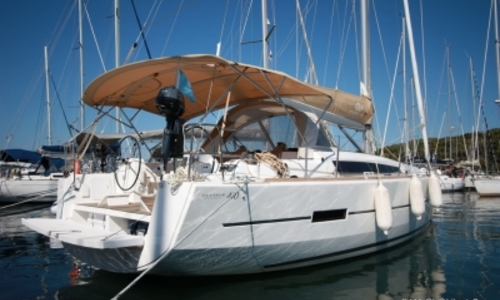 Image of Dufour 410 Grand Large for sale in France for €169,000 (£148,042) SAINT MANDRIER, France