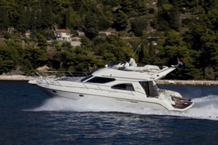 Cranchi Atlantique 40 for sale in France for €170,000 (£151,603)