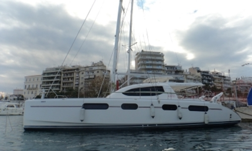 Image of Robertson and Caine Leopard 46 for sale in Greece for €370,000 (£330,283) ATHENES, Greece