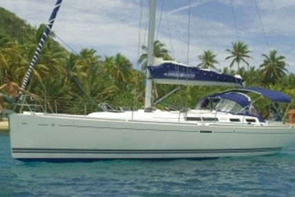 Dufour 455 Grand Large for sale in France for €120,000 (£105,829)