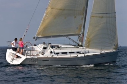 Beneteau First 35 for sale in France for €109,500 (£97,663)