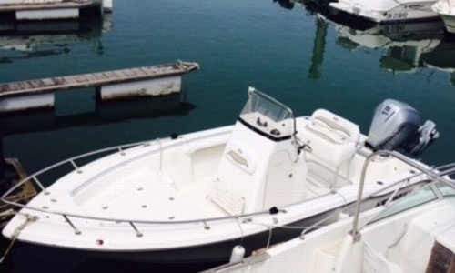 Image of Key West 211 Centre Console for sale in France for €36,900 (£32,482) PORNICHET, France
