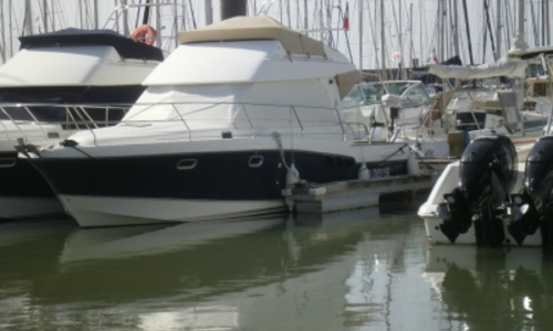 Image of Beneteau Antares 9.80 for sale in France for €95,000 (£84,106) PORNIC, France