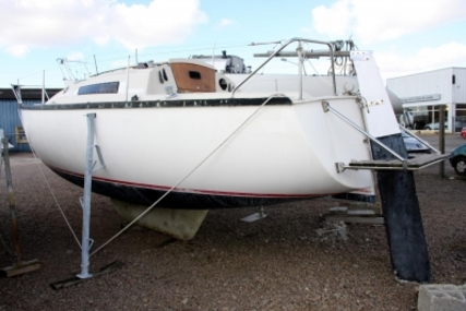 Beneteau First 25 Lifting Keel for sale in France for €8,490 (£7,548)