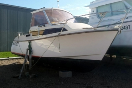Beneteau ANTARES 600 IB for sale in France for €7,500 (£6,613)