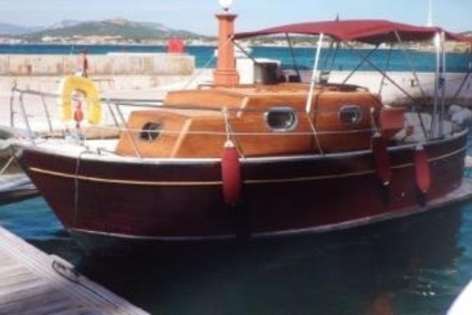 Mimi 26 Libeccio for sale in France for €45,000 (£39,690)