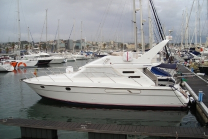 Fairline Phantom 41 for sale in Portugal for €95,000 (£83,752)